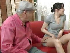 Papy se tape une petite jeune movies at find-best-videos.com