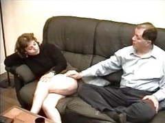 Fist et sodomie avec une vieille libertine poilue movies at kilovideos.com