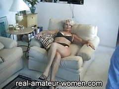 Mature justine posing 1 videos