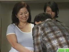 Mature chizuru knows how to please cocks movies at kilosex.com