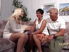 Opa und oma ficken stieftochter videos