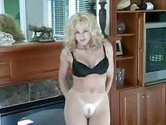 I want to feel your pussy mom videos