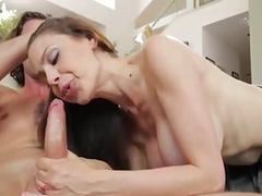 Stepmom gives him bj for confidence tubes