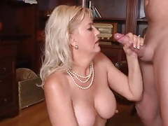 Mature y su joven amigo movies at find-best-pussy.com