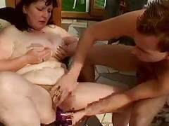 Fat mature pumped in her hairy cunt by troc videos