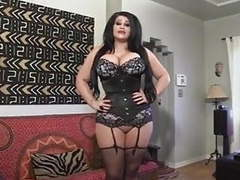 Milf in a corset... it4reborn videos