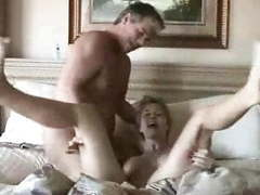 Wife fucks hubbie and den gets cummed on videos