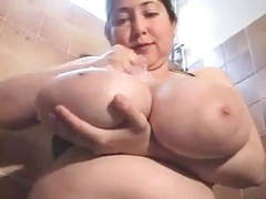 Bbw plays with her huge breast videos