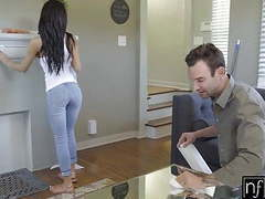Nf busty - hot and horny shay evans fucks handyman s4:e7 movies