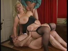 Bbw blonde milf with big boobs fucked by 2 men - dped videos