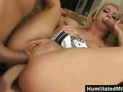 Anal makes her squirt movies at freekiloporn.com