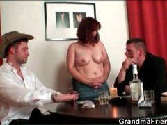 Mature loses at strip poker and gets naked videos