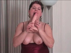 Lingerie looks lovely on masturbating mature videos