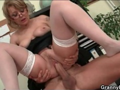 Office fuck between mature and young cock videos