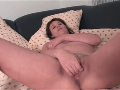 Trimmed pussy milf finger fucks solo videos