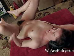 Annabelle lee rocks out while masturbating movies at kilovideos.com