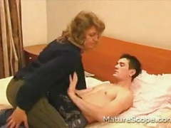 Amateur mature fuck son3 movies at freekilomovies.com