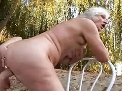 2 grannies outdoor fun videos