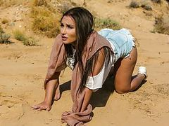 Gabriella paltrova fucks in the desert videos