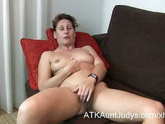 47-year old shy milf inge spreads her legs movies at find-best-tits.com