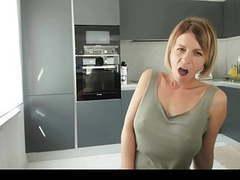Sexy milf webcam movies at kilogirls.com