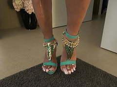 Lofia tona - green high heels tubes