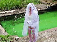 Wanking sissy bride videos