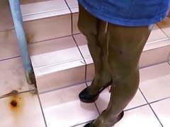 Latex stockings+sky high heels videos