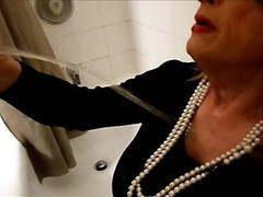 Tammy fellatrix in fun in the tub movies