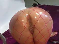 Lesbian fisting  amd squirting movies at find-best-pussy.com