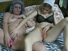 Pink dildo vibrates cunts of mature lesbians movies at find-best-lingerie.com