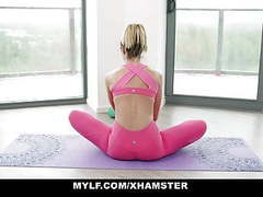 Fit body mylf fucked after yoga movies