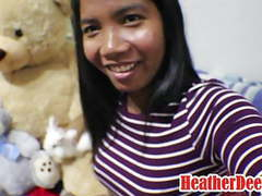 10 weeks pregnant thai teen heather deep gives blowjob movies at freekiloporn.com