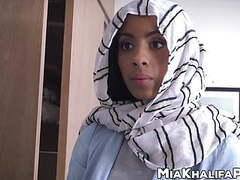 Gorgeous arab pornstar mia khalifa sucks dick with friend movies at freekiloporn.com