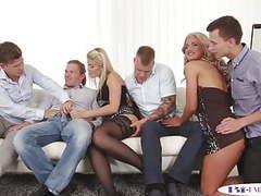 Orgia bisex. scopate, inculate e sborrate tra maschi e femmi movies at freekilomovies.com