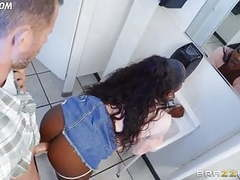 Ebony pounded movies at find-best-babes.com