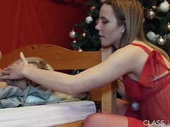 She moans while being fucked with sex toy by lesbian movies at kilovideos.com