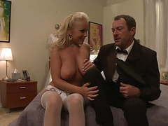 Bride does not want to get marry and fucks her driver hard movies at freekilosex.com