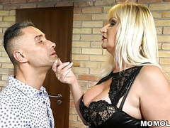 Young bloke fucks old dominatrix in latex movies at freekilomovies.com