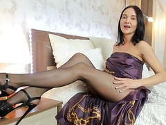 Beautiful and stylish lady try her new high heels movies at kilogirls.com