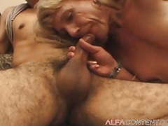 Dude fucks old blonde shemale videos