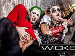 Wicked - harley quinn fucks joker & batman movies