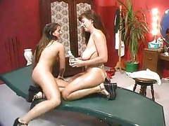 Hot piss lesbians movies at kilomatures.com