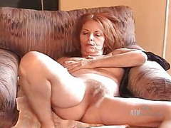 Donna plays with her self movies at kilogirls.com