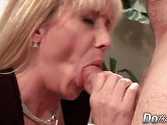 Do the wife - mature housewives sucking dick compilation 1 videos