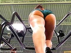 Pawg ass - gym stair climber movies at freekiloporn.com