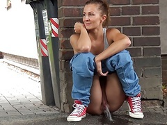 This babe pees in the city! movies