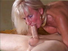 Bukkake gangbang fuckings cumshots sperm swallowings cumshot movies at freekiloclips.com