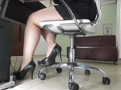 My curvy secretary at work movies at freekilomovies.com