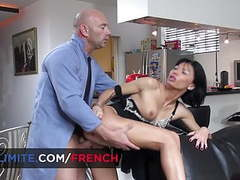 French brunette milf banged by the repairman movies at find-best-mature.com